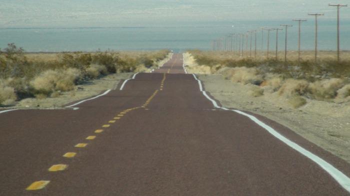 road-207258_1920
