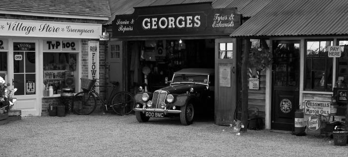 vintage-car-376539_1280